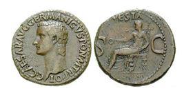 Cisár Caligula na rímske minci