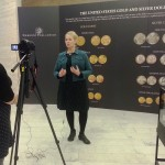 Špecialistka na numizmatiku Karen Lee zo Smithsonian Insitute v USA hovorí o vzácnej minci Flowing Hair